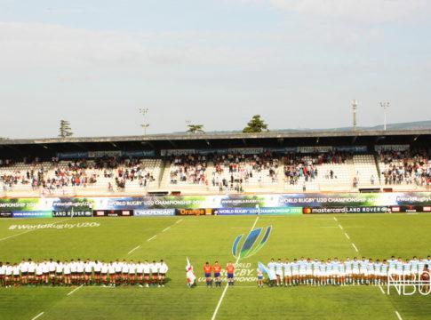 England U20 and Argentina U20 line up for the national anthems / Joe Ruzvidzo